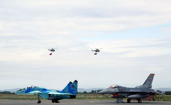 ВВС Азербайджана иТурции совершат демонстративные полёты над Гянджой