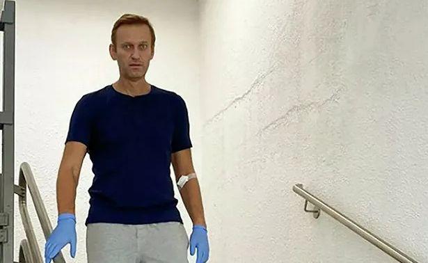 Выписанный изберлинского стационара Навальный останется вГермании