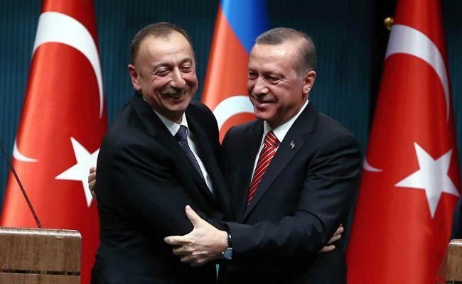 Эрдоган призвал международное сообщество поддержать Азербайджан