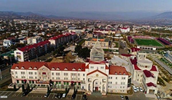 Постолице Нагорного Карабаха нанесён ракетный удар