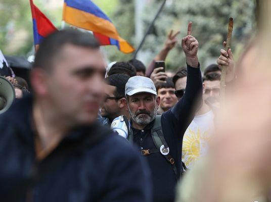 Зачем Серж Саргсян спровоцировал кризис в Армении: эксперт