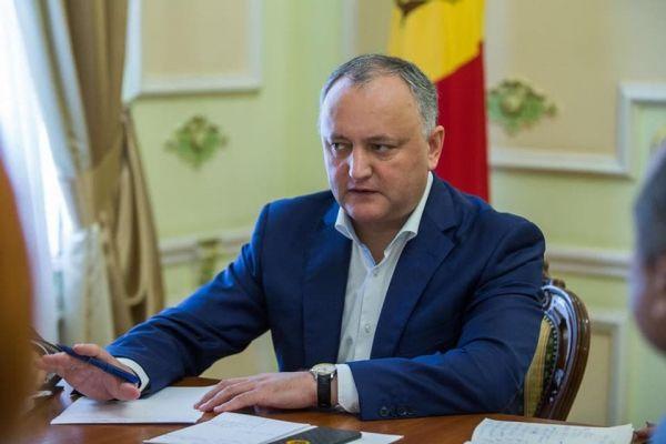 9fdab4a70d2130edb94e4415d9013 Додон: Парламент Молдавии режимомЧП ответил нахаос безвластия Санду