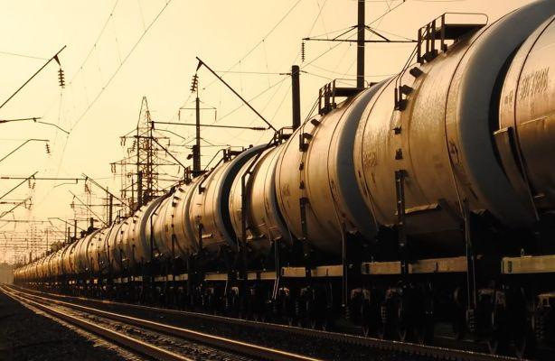 Киргизия намерена попросить топливо у России и Казахстана