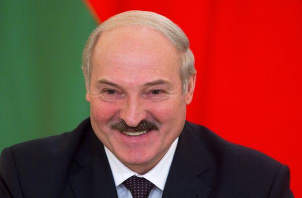 «После отмены санкций Лукашенко сможет шантажировать иЗапад, иВосток»: EADaily