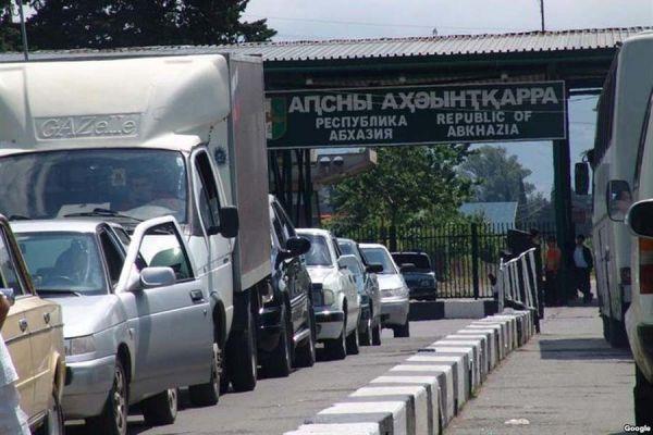 ВАбхазии выявили первого заболевшего Covid-19 среди отдыхающих