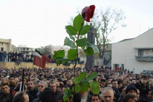 Роза как символ цветной революции в Грузии, 2003 год