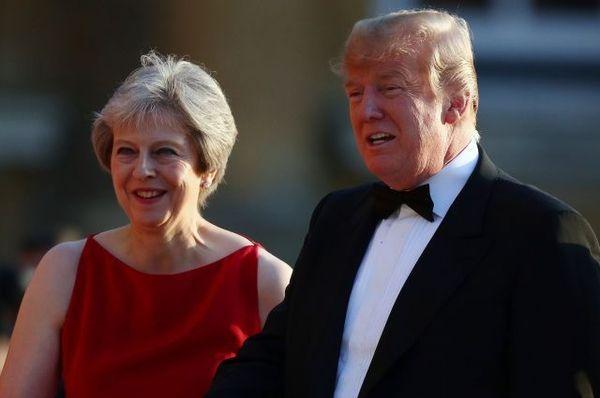 Трамп предупредил «непослушную» Мэй о последствиях мягкого Brexit