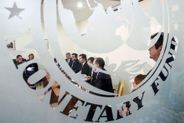 Киев не может оплатить российский долг, несмотря на решение МВФ