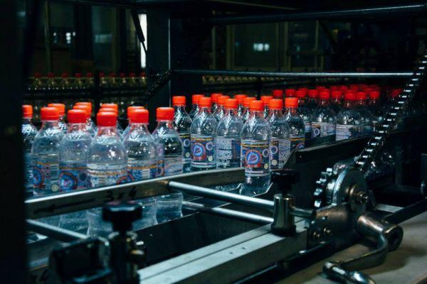 В Таджикистане втрое повысили акцизы на бутилированную питьевую воду