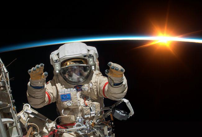 """Výsledok vyhľadávania obrázkov pre dopyt Expedícia na Mesiac"""""""