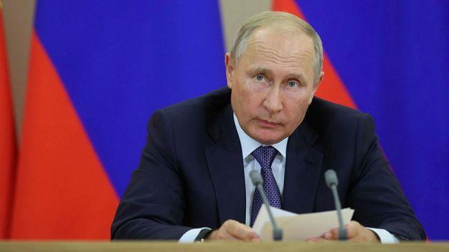 Путин принял отставку главы Дагестана Васильева иназначил врио Меликова