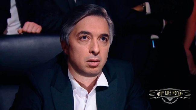 Русофоб-гроссмейстер: почему Ровшан Аскеров не воюет в Карабахе?